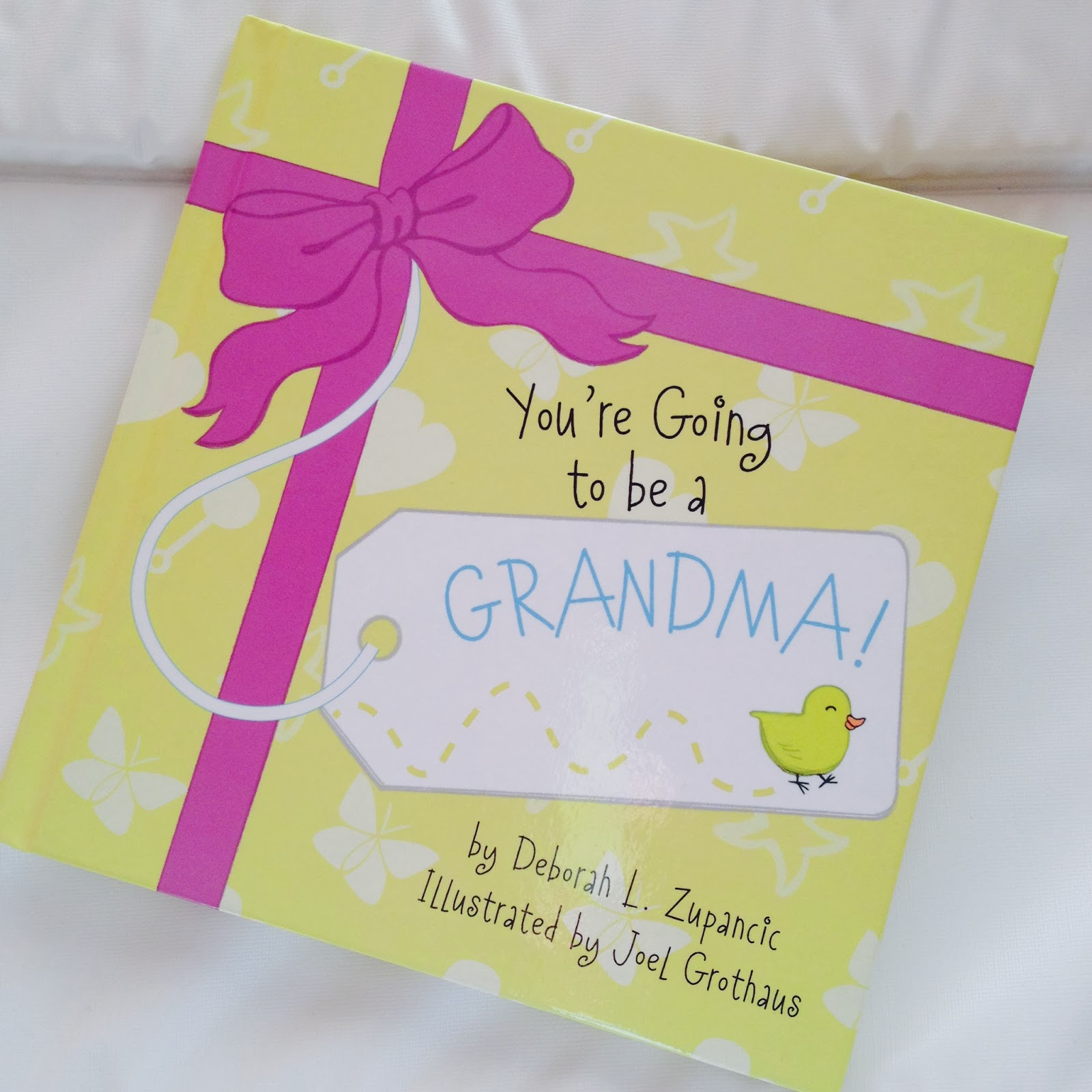 mamasVIB | V. I. BOOKCLUB: A cute way to tell your own mama 'You're going to be a granny'| A cute way to tell your own mama 'You're going to be a granny'| gift idea | birth announcement | New mums | grandparents gift | mamasVIB | keepsake book