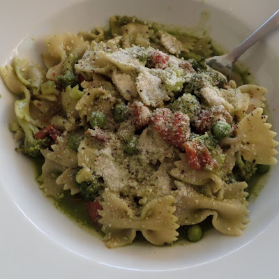 Pasta Primavera:  A meatless pasta with green veggies in a basil sauce.