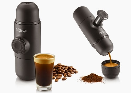00-Hugo-Cailleton-Wacaco-Minipresso-the-Portable-Espresso-Machine-www-designstack-co