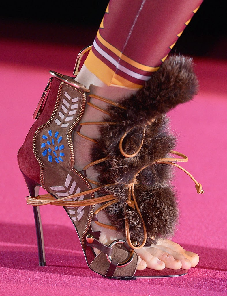 Dsquared2-zapatoescoba-elblogdepatricia-shoes-calzado-zapatos-scarpe-calzature