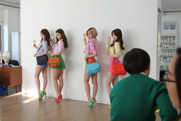 Girl's Day Hazzys Backstage