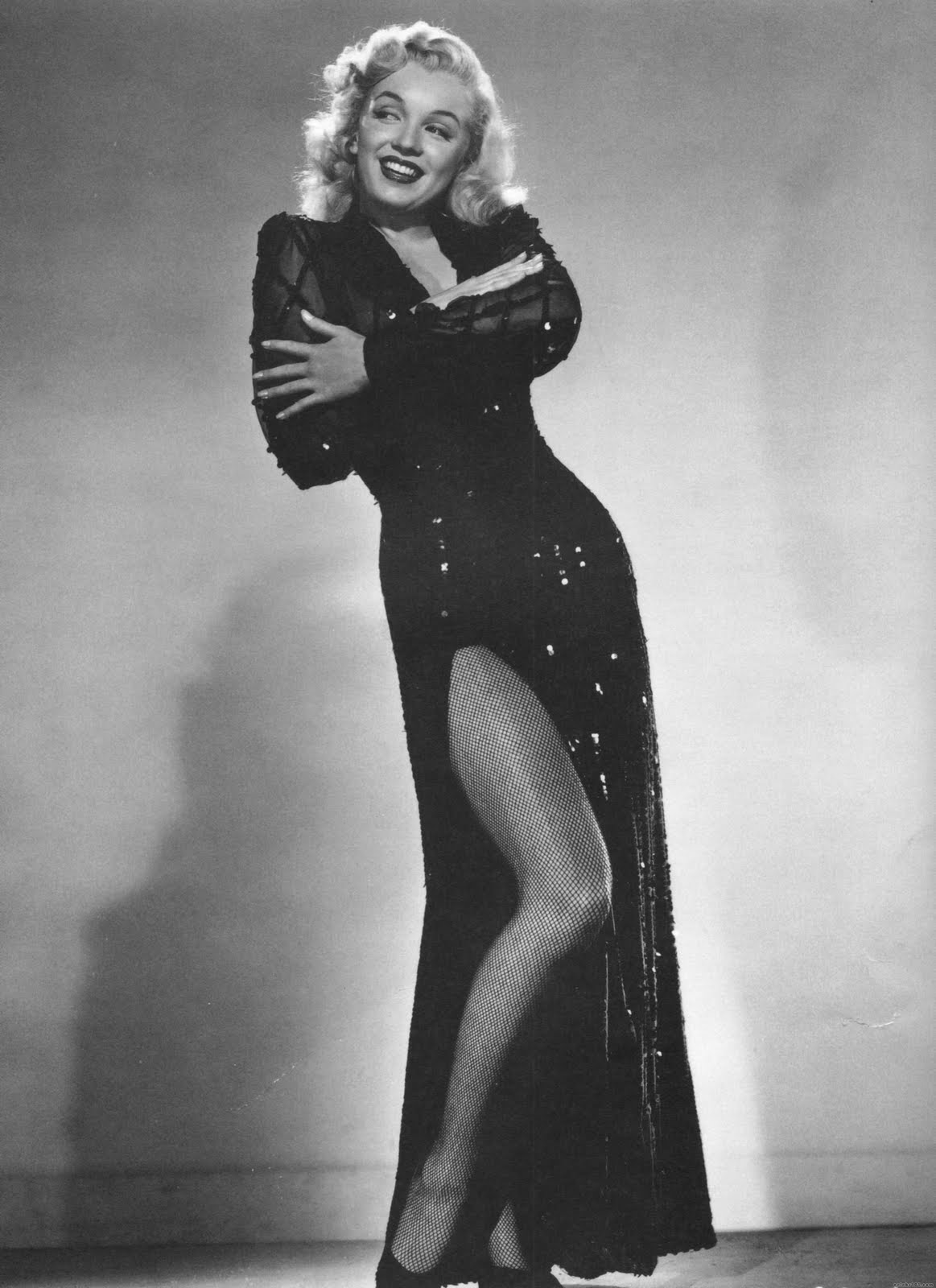 http://1.bp.blogspot.com/-1gc80ciEG2I/TfJ5qXGHdsI/AAAAAAAAFrM/BHnm7ka2Fpc/s1600/Marilyn+Monroe+70.jpg