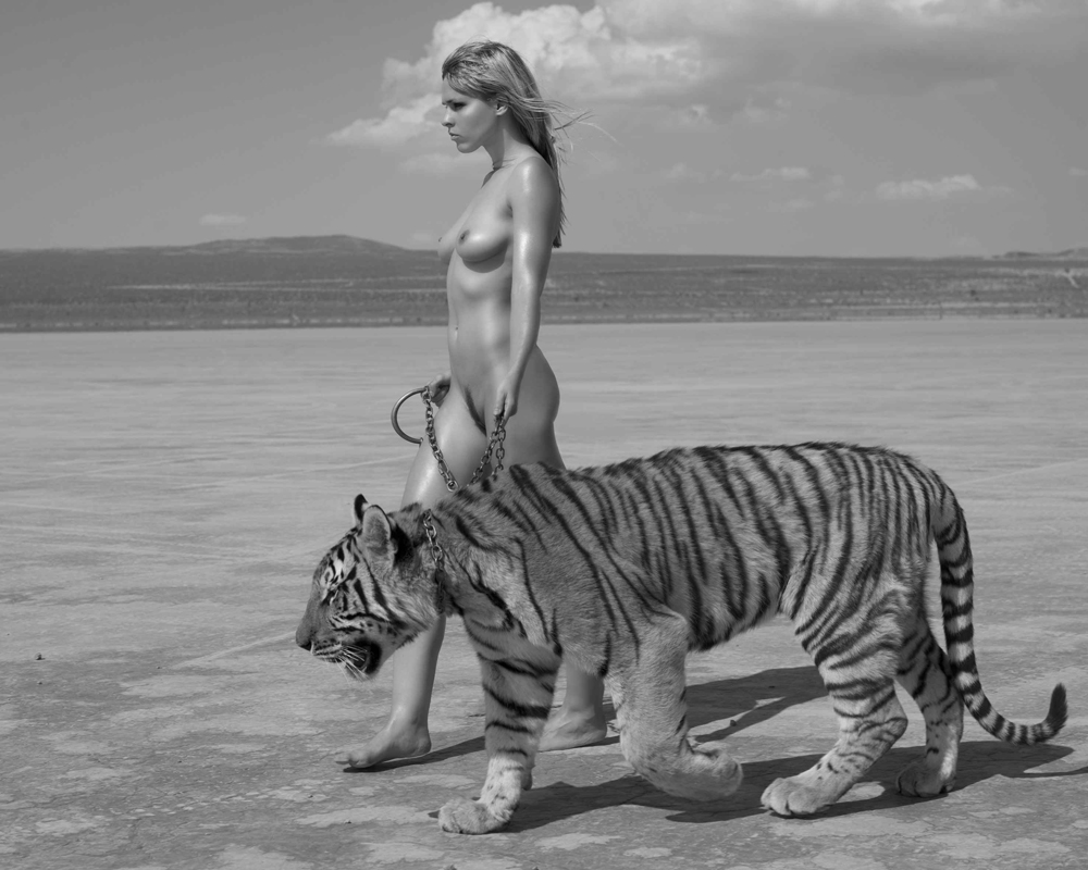 Teen indian nude girls bathing