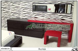 Meja rias minimalis modern desain Revlon