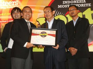 Toyota Raih Penghargaan Indonesia Most Favorite Youth Brand 2011