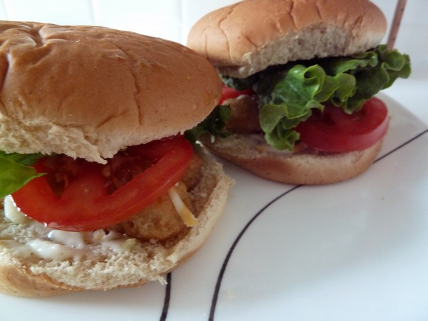 Sakacon Fish Burger