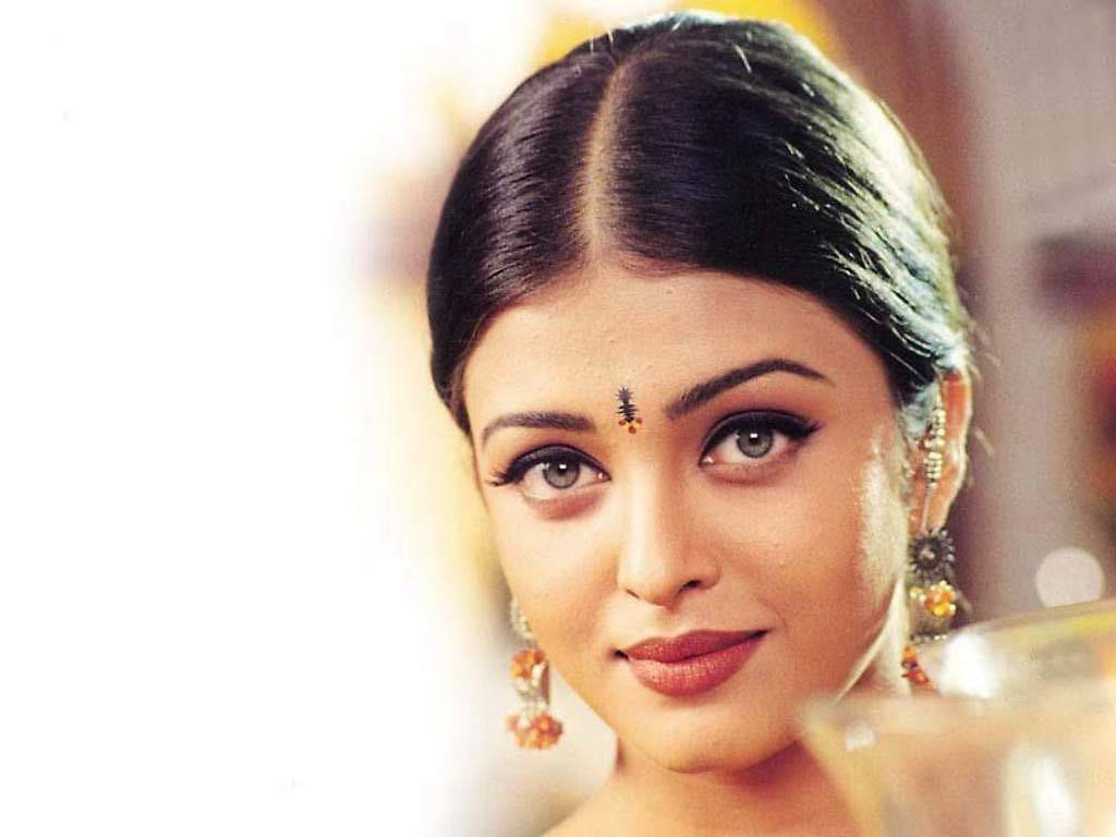5 life lessons you can learn from aishwarya rai bachchan bollybytes 5 life lessons you can learn from aishwarya rai bachchan voltagebd Image collections