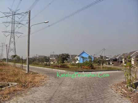 Jalan utama block Jasmine Residence