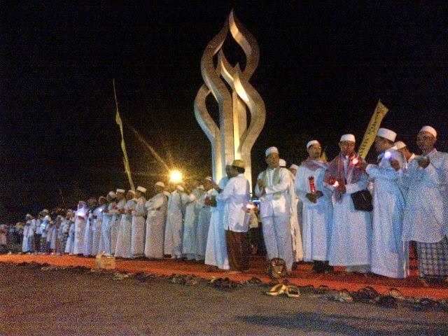 Warga Pamekasan Rayakan Tahun Baru Islam 1436 Hijriyah di Area Arek Lancor