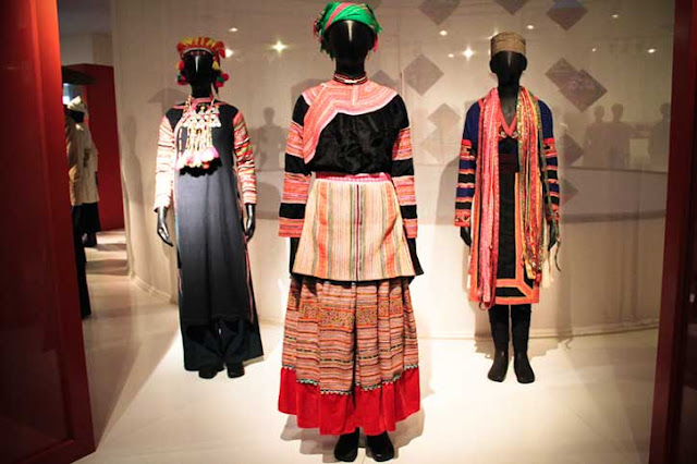 Hmong, applique, embroidery, batik, ikat, headdresses, Vietnam Hill Tribes Costume,