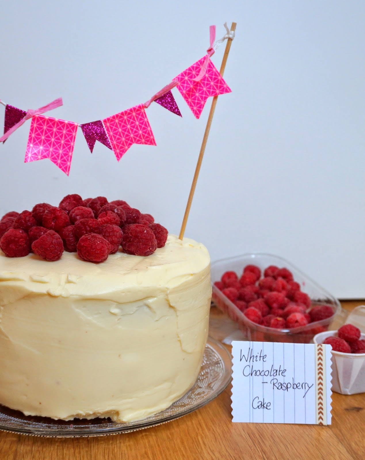 White Chocolate and Raspberry, Raspberry Cake, Himbeertorte, weiße Schokolade und Himbeeren