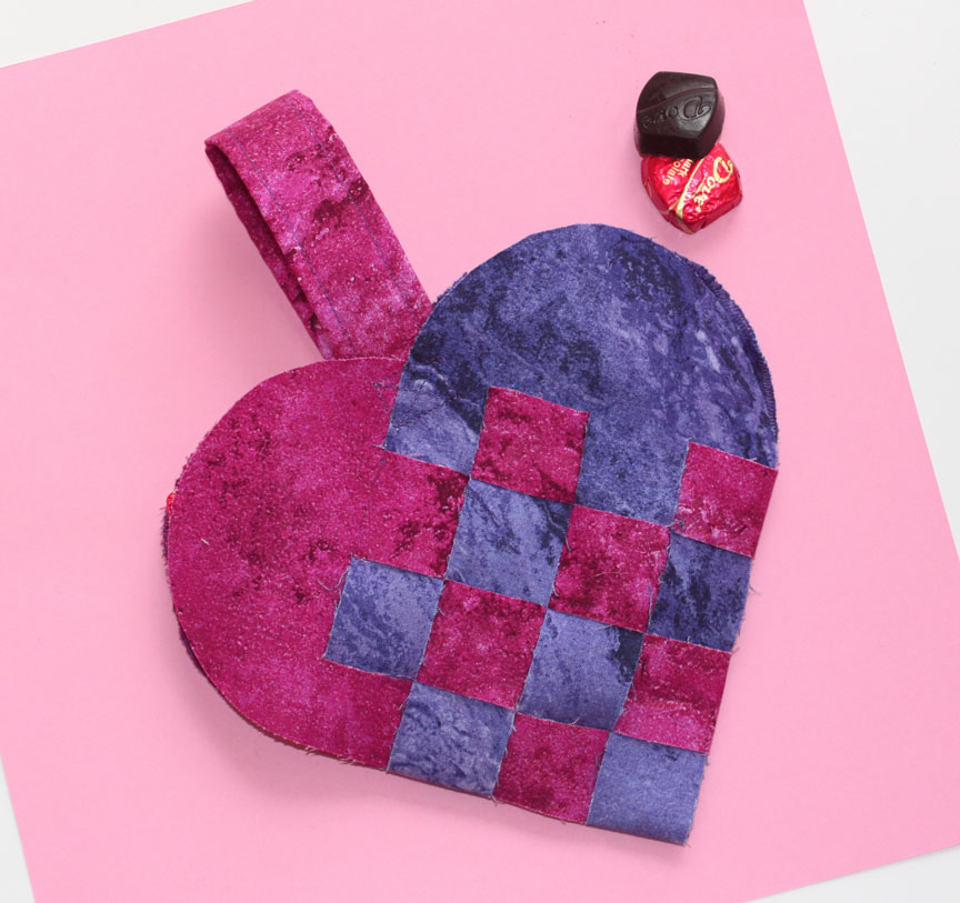 How To Make A Woven Heart Basket : Inspired by fabric tutorial woven heart basket