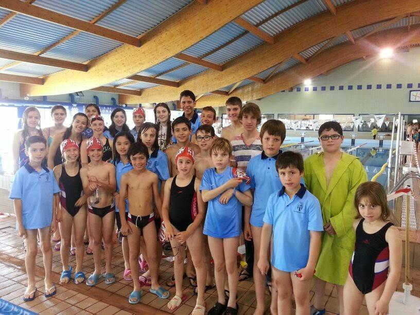 Lo bloc del club nataci tortosa de maig 2014 for Piscina amposta