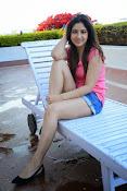 Prabhajeet Kaur Glamorous Photo shoot-thumbnail-69