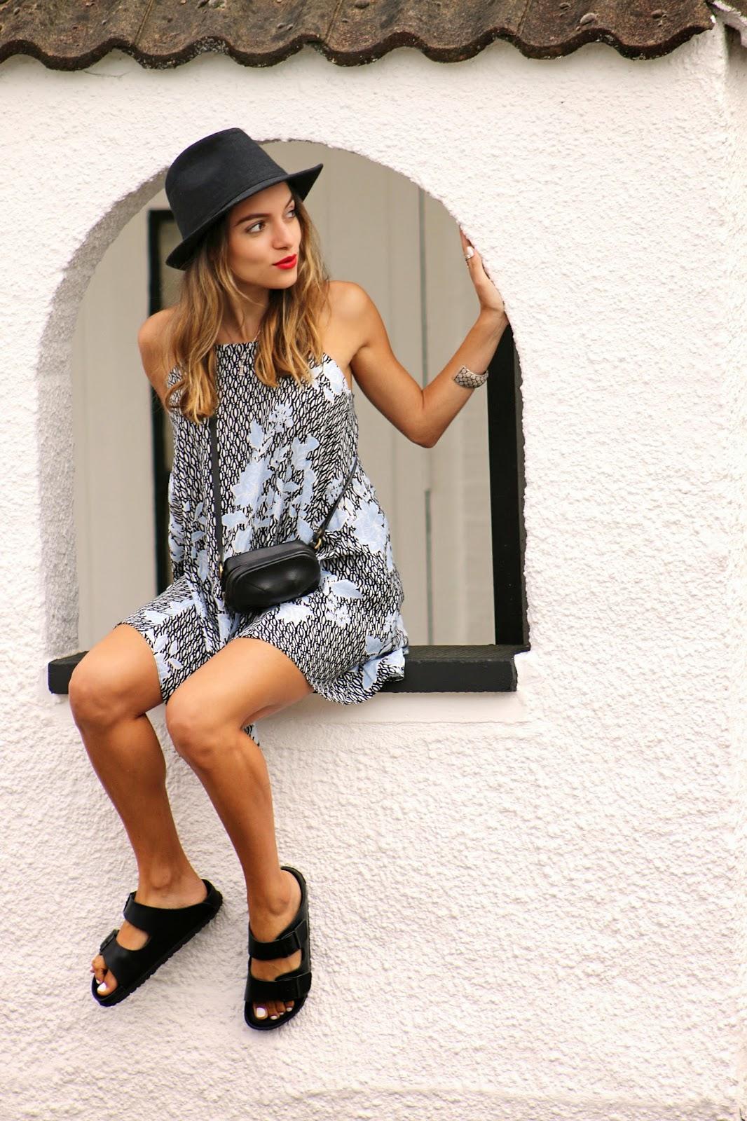 http://www.whitneyswonderland.com/2015/05/the-perfect-summer-dress-for-petite.html
