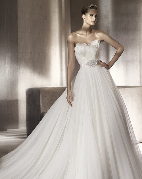 Perfect Petite Wedding Dresses Say I Do In Style Bomb Petite