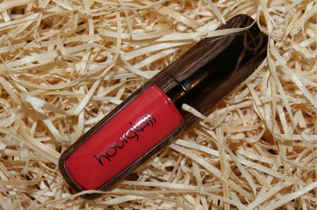 Hourglass Opaque Rouge Liquid Lipstick in Muse