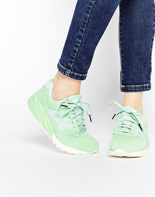 new balance mint green trainers, new balance 580 green trainers, mint colour trainers,