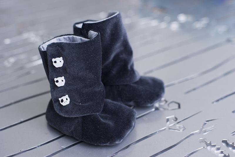 Chromatophobic Baby Boots Pattern