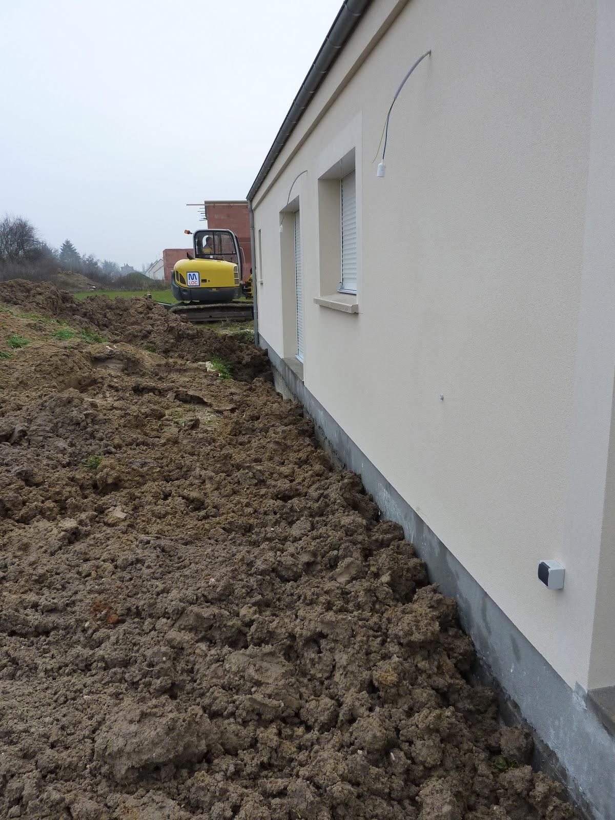 La construction de lac remblai autour de la maison for Autour de la maison