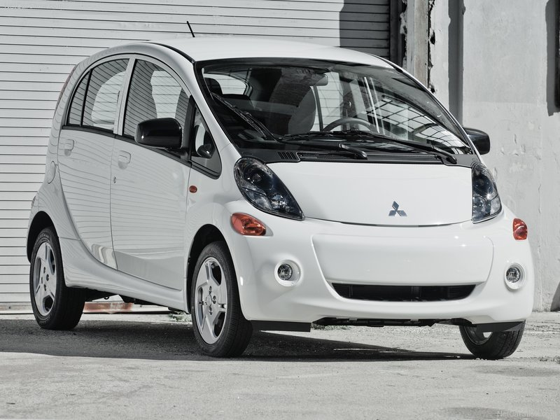 2012 Mitsubishi i-MiEV US Editions