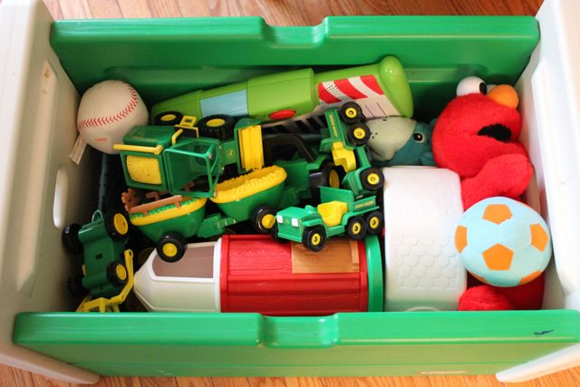 toy box organization
