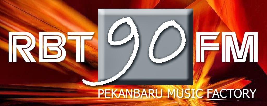 RADIO RBT 90 FM