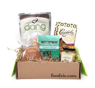 Foodzie is Back! Get $10 Off the Coconut Tasting Box at Joyus!