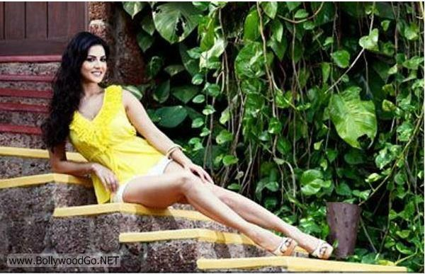 Unseen+Sunny+Leone+(1)