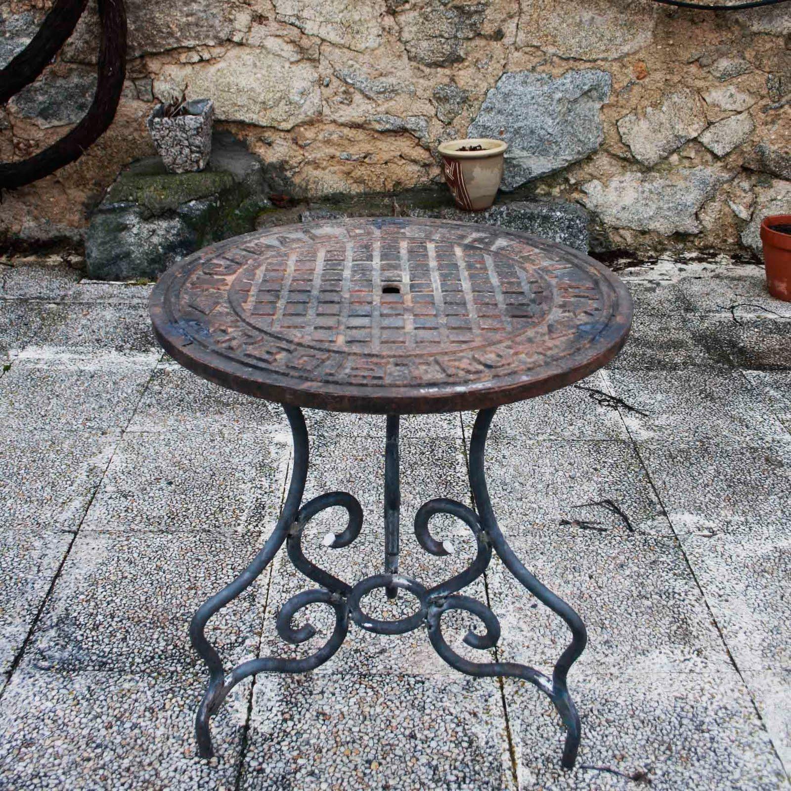 La silla p nica mesa alcantarilla - Muebles en alcantarilla ...