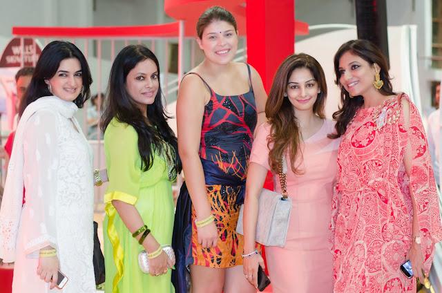 Charu Parashar Spring Summer 2014 WIFW