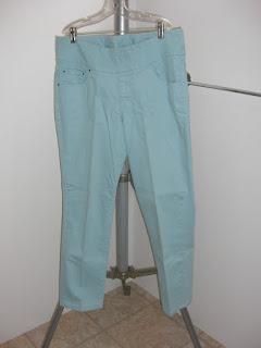 http://bargaincart.ecrater.com/p/22741984/womens-jag-jeans-slim-fit