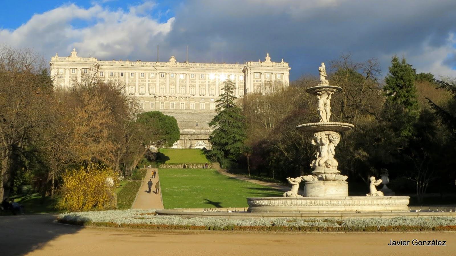 Las im genes que yo veo palacio real de madrid royal palace of madrid - Jardines palacio real madrid ...