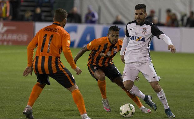 Bruno Henrique destaca corintiano na partida de ontem.