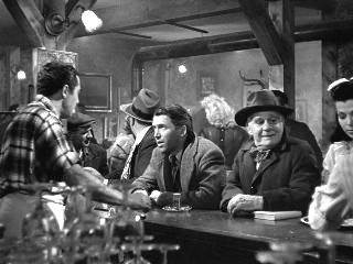 Jimmy Stewart and Henry Travers Its a Wonderful Life 1946 movieloversreviews.blogspot.com