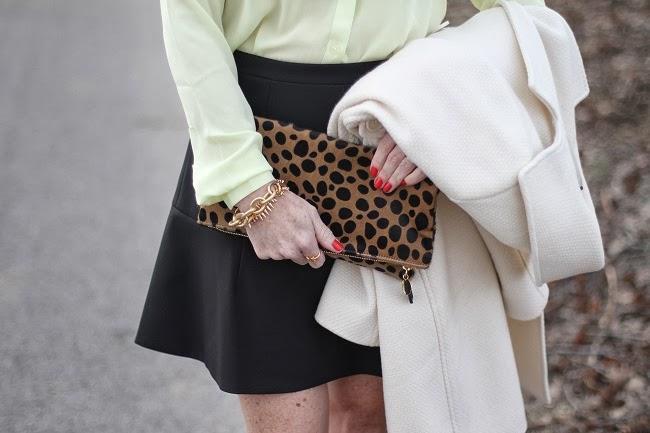 leopard-clutch-clare-vivier