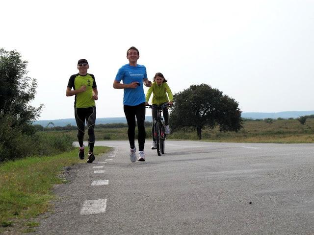 Remus Sime prezintă a 4-a ediţie a evenimentului caritabil Alerg Pentru o Cauză. 12 Septembrie. Timişoara - Beiuş . Grup 2