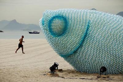 botellas plástico esculturas