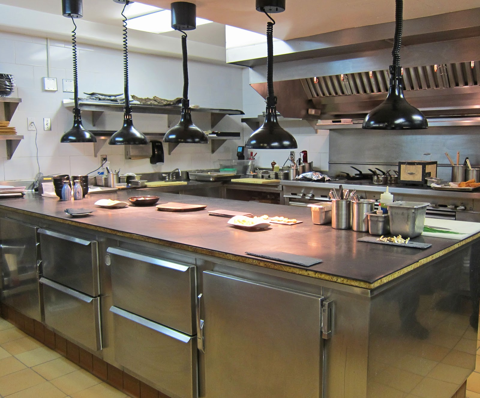 Restaurant Kitchen Lighting 98+ ideas image restaurant kitchen lighting on vouum