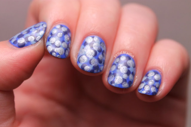 Frosty Dot Nail Art