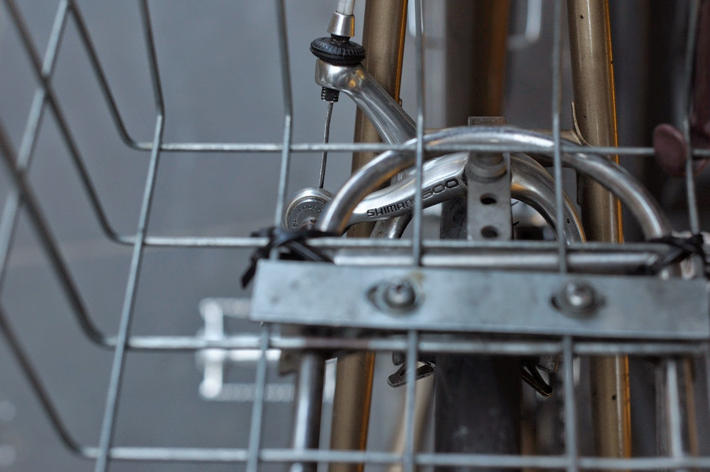 Bespoke, vintage, custom, Tim Macauley, The Biketorialist, The Light Monkey Collective, Melbourne, flinders lane, bicycle, road bike, Apollo, bike, setup, shimano, 600, groupset, side pull, brake, rear, pannier rack