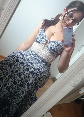 Outfit Maxikleid als kleine Frau