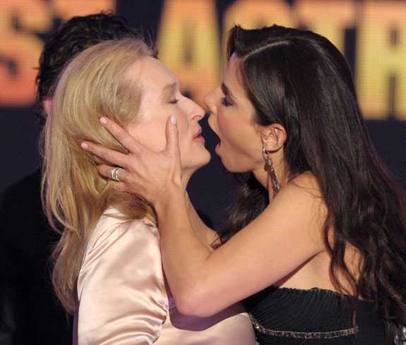 sandy lesbians