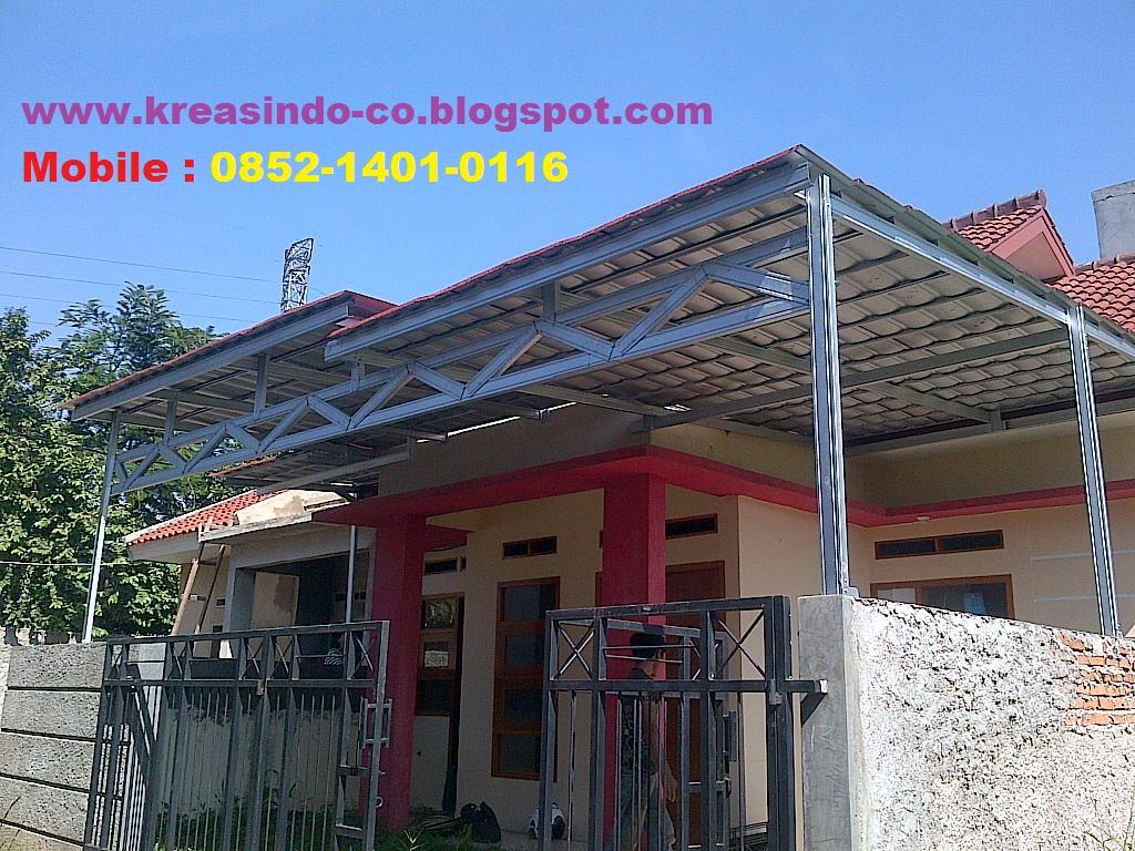 Proses pemasangan Canopy Baja Ringan di Beji