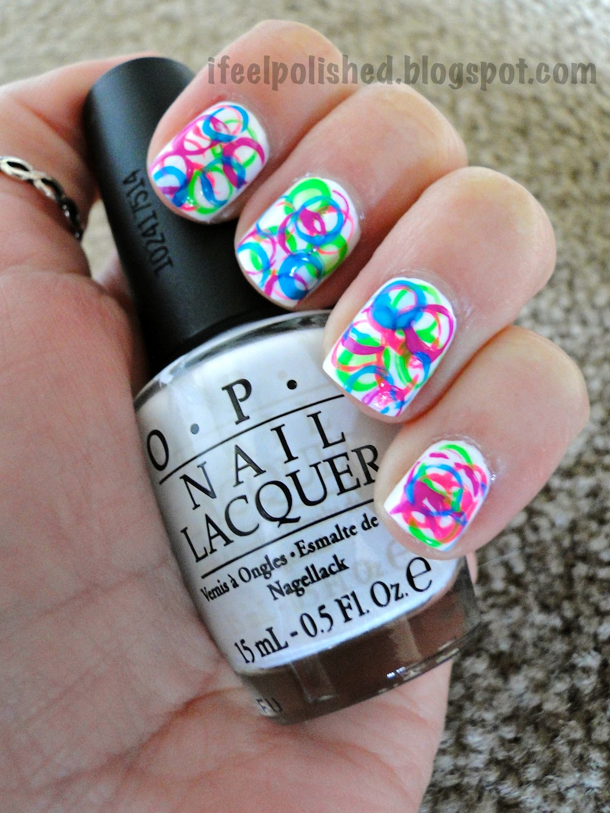 I Feel Polished!: Circle Manicure