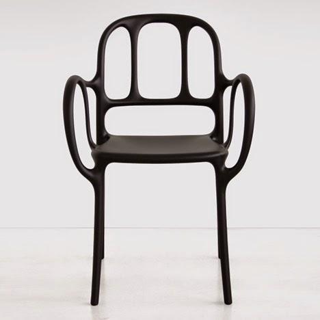 val rie adoooore mila la premi re chaise en mati re plastique du designer espagnol jaime hayon. Black Bedroom Furniture Sets. Home Design Ideas