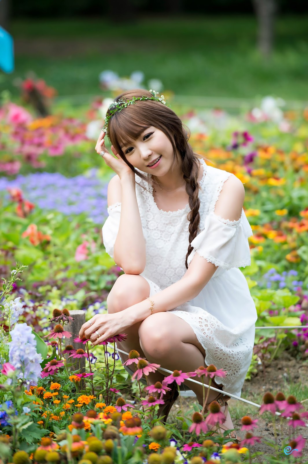 3 Lovely Lee Eun Hye In Outdoor Photo Shoot - very cute asian girl-girlcute4u.blogspot.com