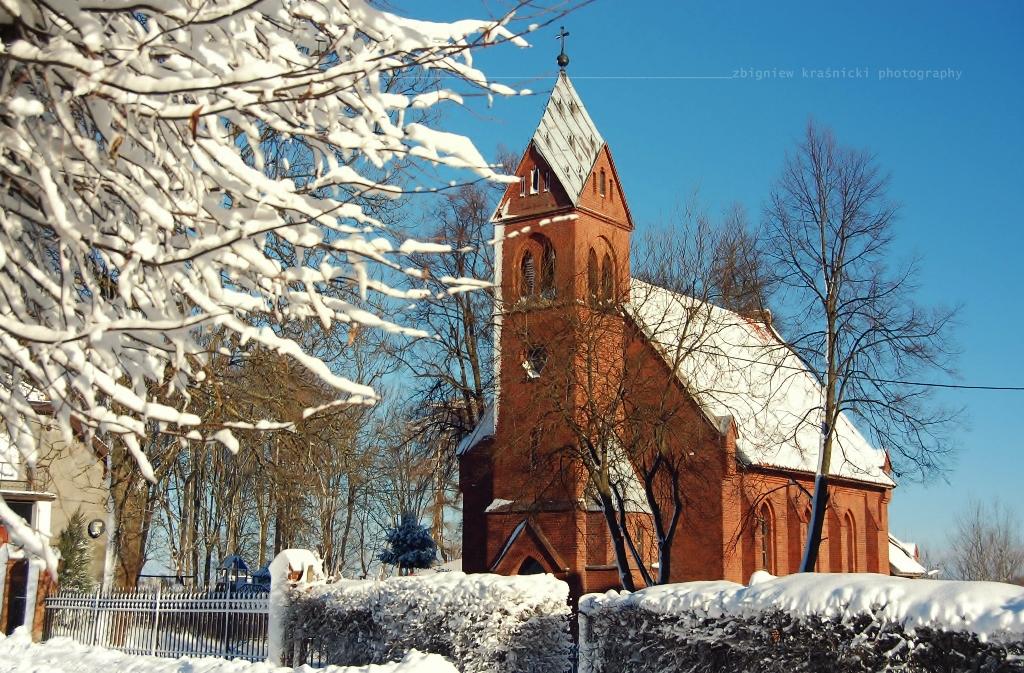 Kościoły i kapliczki w Jezioranach oraz o tym, że Olsztyn is also happy
