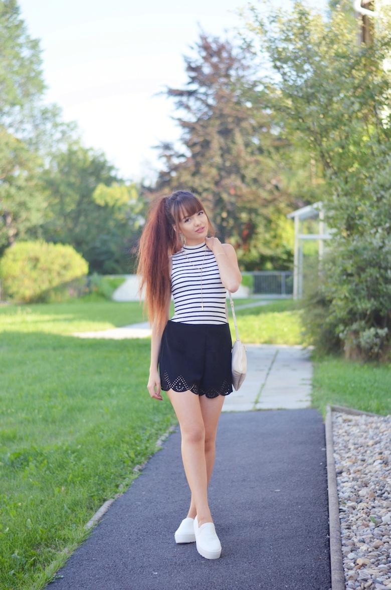 Outfit_Rollkragen_Top_kombinieren_Streifen_Shorts_ViktoriaSarina