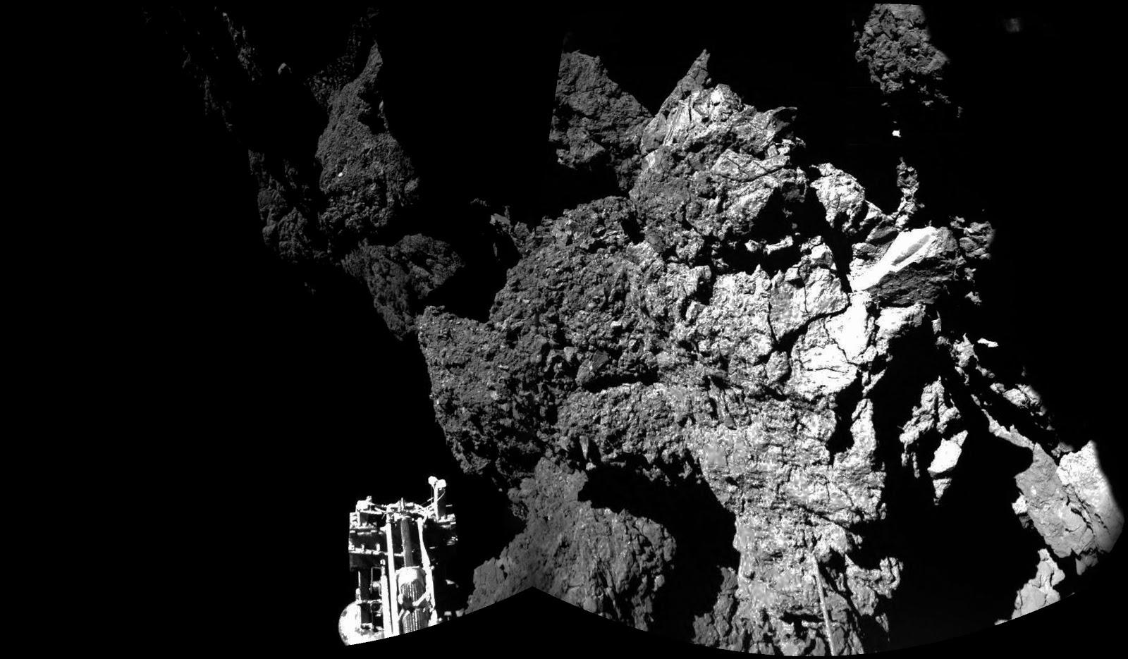 Первое фото зонда Филы после приземления на комету 67P/Чурюмова-Герасименко